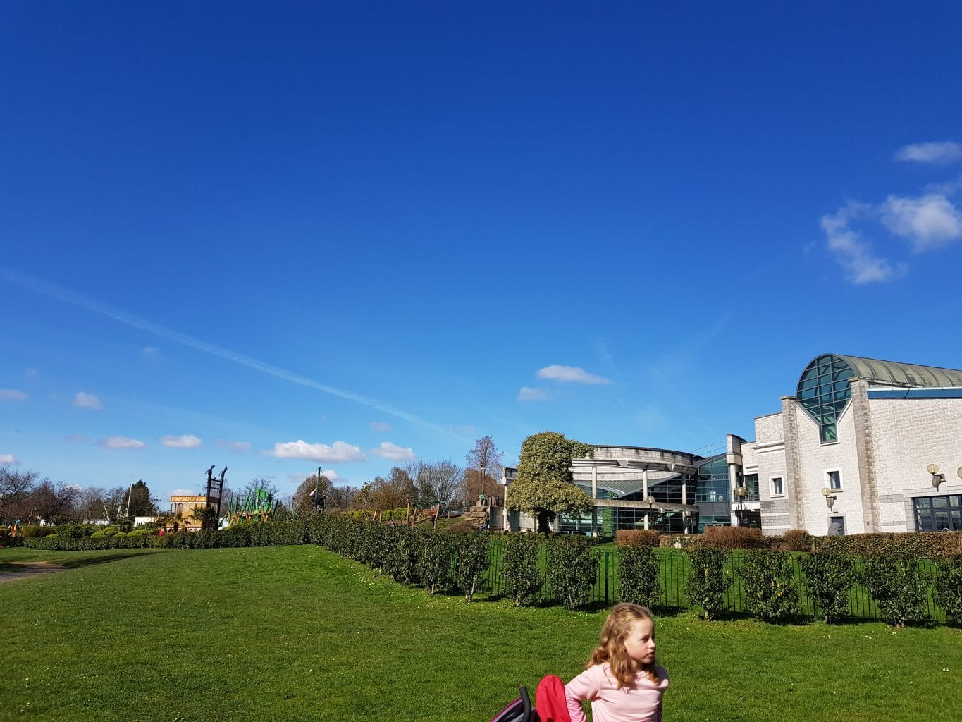 Woking Leisure Centre and park