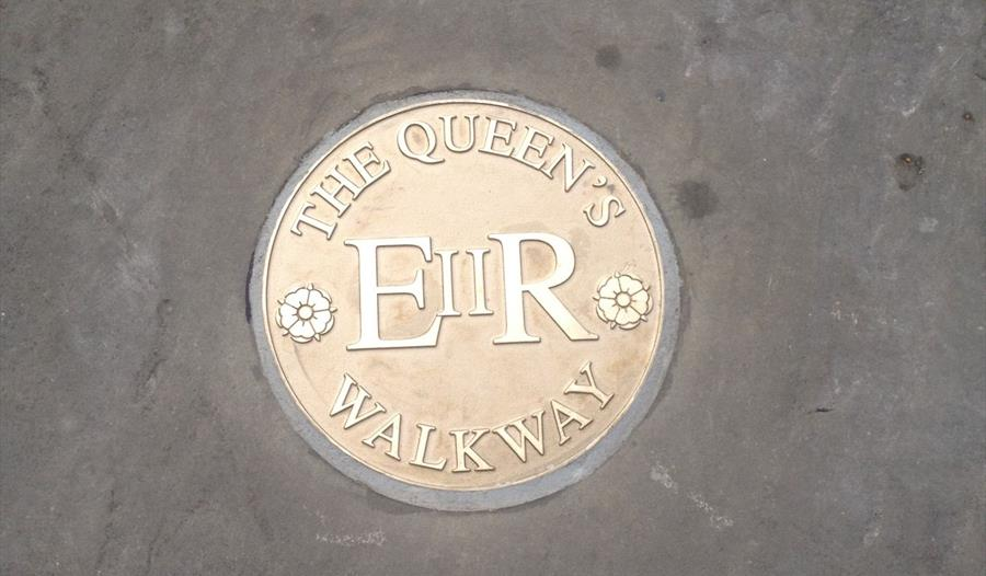 The Queen's Walk Way