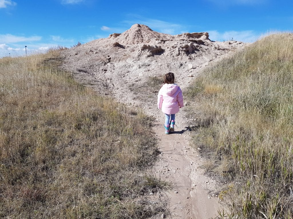 Family Travel Explore - Badlands